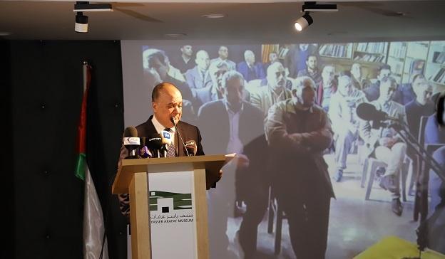 القدوة يشدد على ضرورة متابعة قضية الملكية الخاصة لأراضي لاجئي فلسطين في