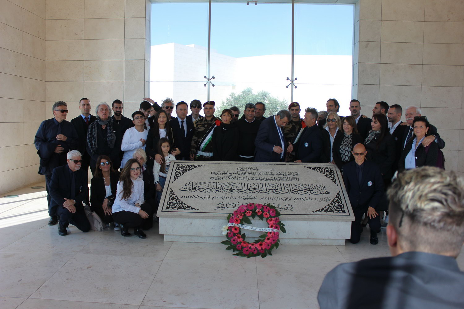 Italian Delegation Lays Wreath at Yasser Arafat Mausoleum and Visits Museum